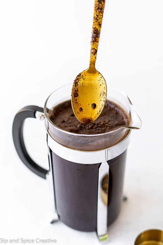 How To Make Homemade Cold Brew Coffee Sip And Spice